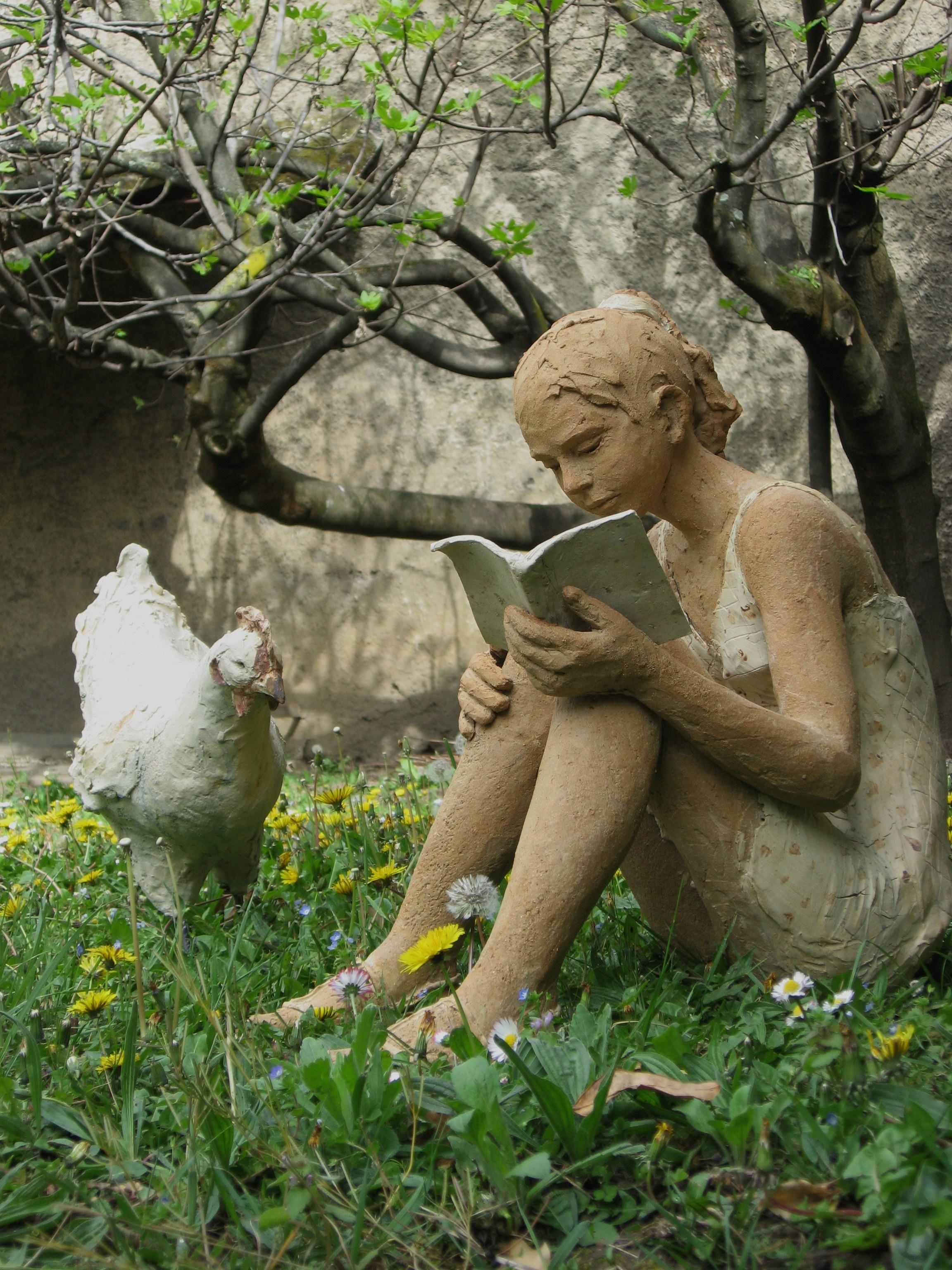 """Résultat de recherche d'images pour """"lectrice au jardin"""""""